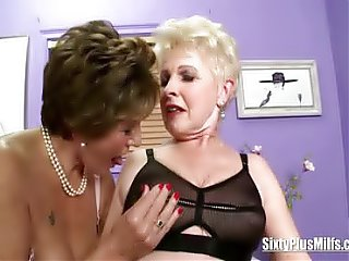 Oldies threesome with a young guy fucking there horny old grandmas in their old cunts